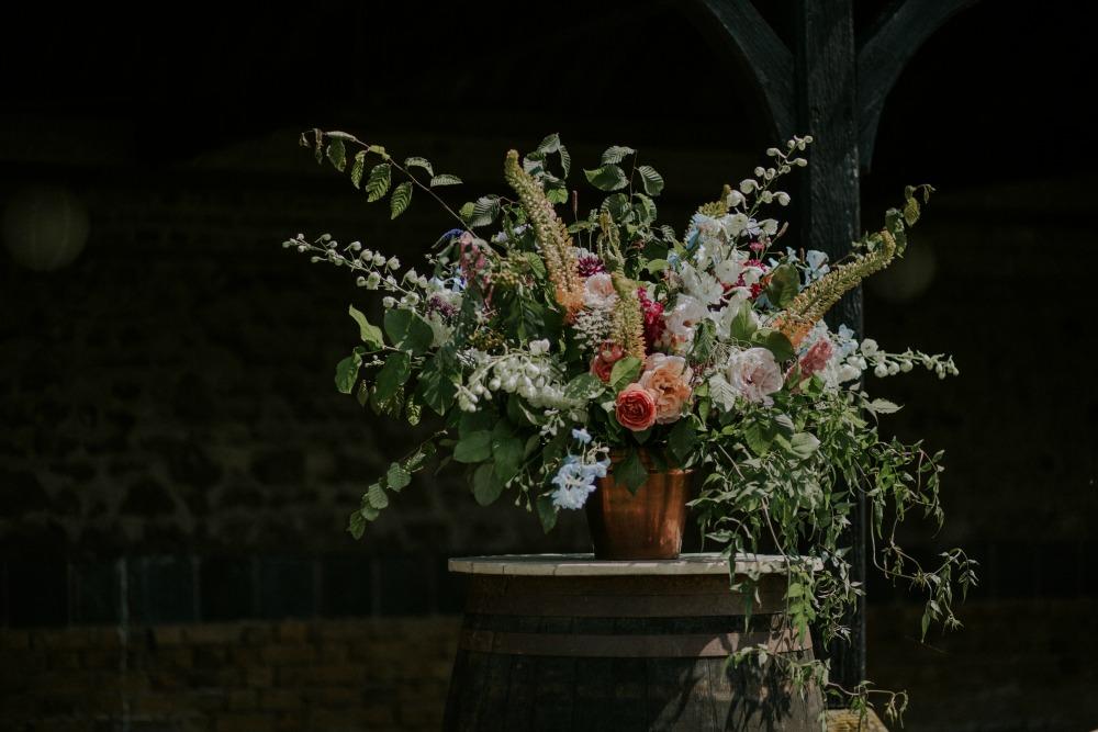 2017 wedding flower & decor trends